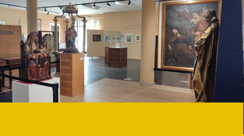 Exposición: '800 años de Luz y Esperanza'